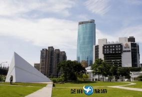 台湾台中高美湿地、彩虹眷村包车一日游